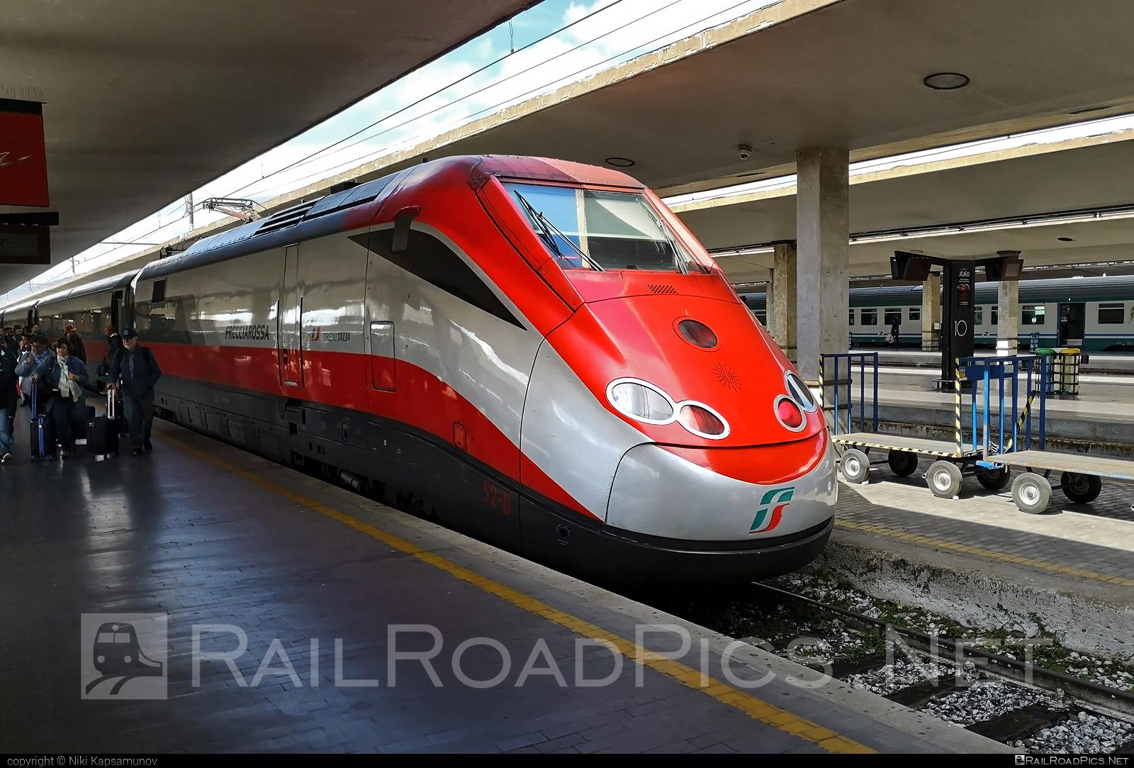 Consorzio TREVI Class ETR.500 - 52-B operated by Trenitalia S.p.A. #classetr500 #consorziotrevi #etr500 #ferroviedellostato #frecciarossa #fs #fsclassetr500 #fsitaliane #lefrecce #trenitalia #trenitaliaspa #trevietr500