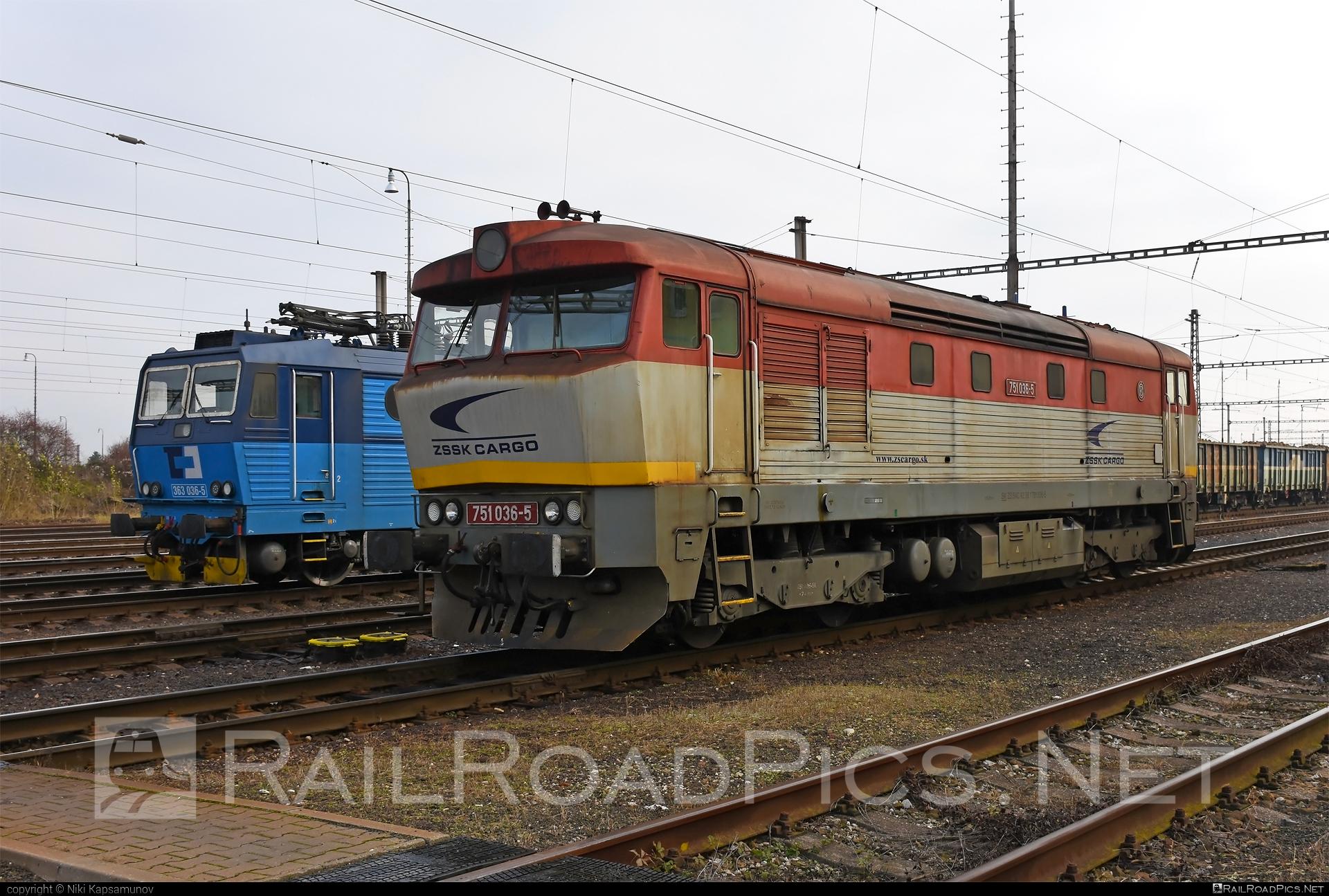 ČKD T 478.1 (751) - 751 036-5 operated by Železničná Spoločnost' Cargo Slovakia a.s. #ZeleznicnaSpolocnostCargoSlovakia #bardotka #ckd #ckd4781 #ckd751 #ckdt4781 #zamracena #zsskcargo