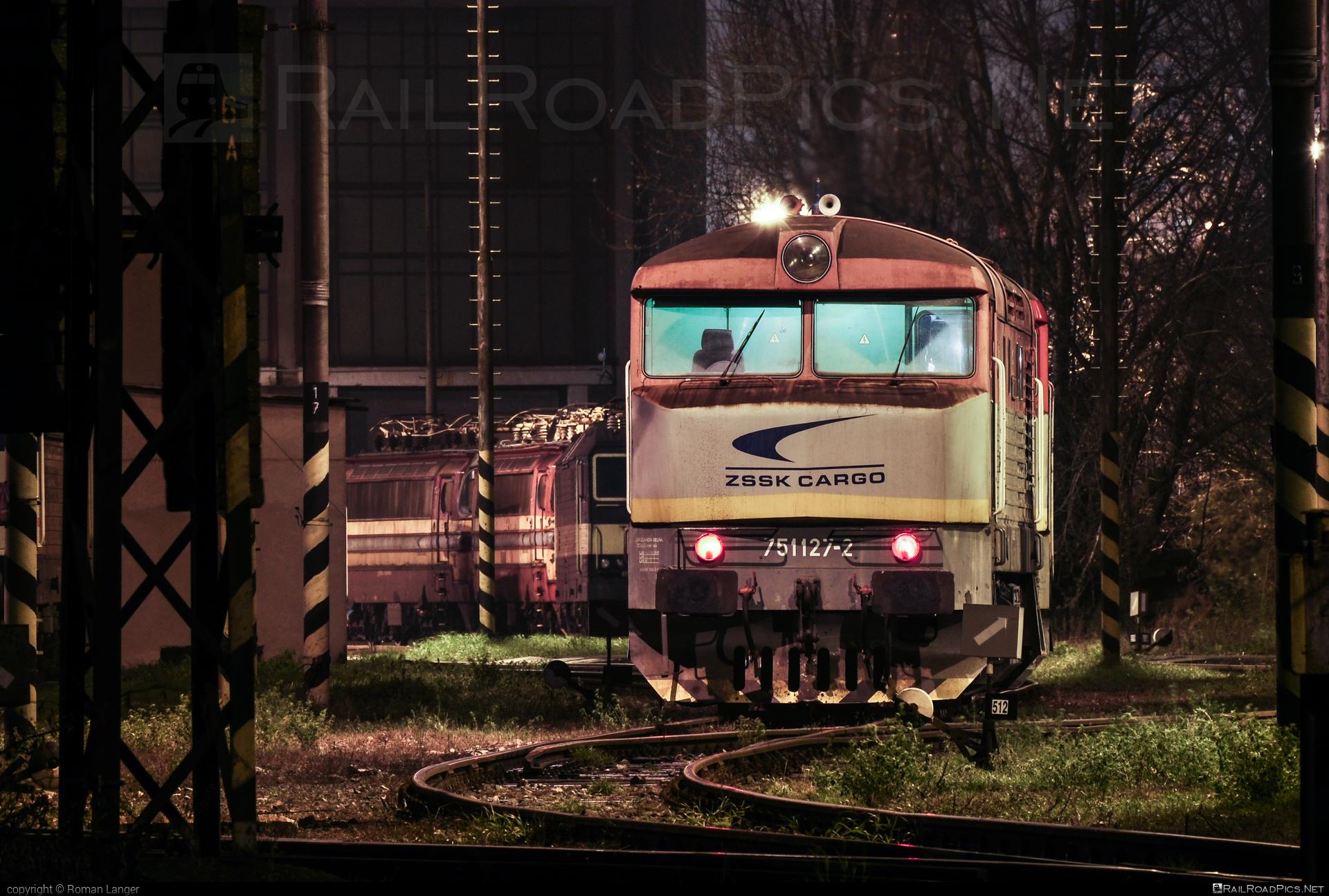 ČKD T 478.1 (751) - 751 127-2 operated by Železničná Spoločnost' Cargo Slovakia a.s. #ZeleznicnaSpolocnostCargoSlovakia #bardotka #ckd #ckd4781 #ckd751 #ckdt4781 #zamracena #zsskcargo