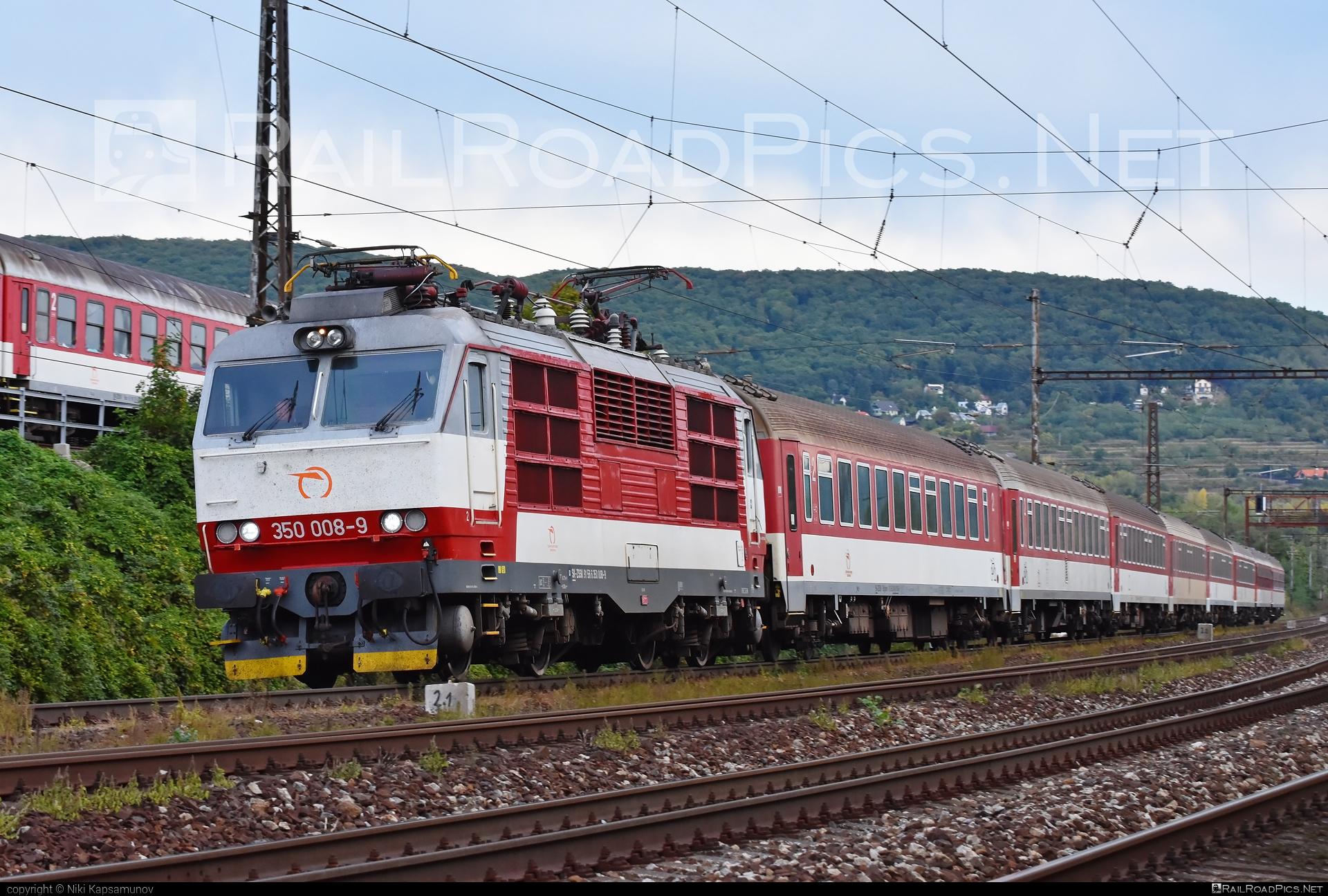 Škoda 55E - 350 008-9 operated by Železničná Spoločnost' Slovensko, a.s. #ZeleznicnaSpolocnostSlovensko #gorila #locomotive350 #skoda #skoda55e #zssk