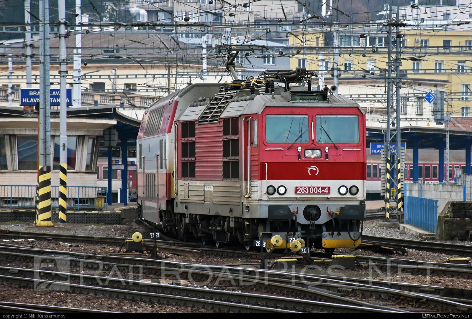 Škoda 70E - 263 004-4 operated by Železničná Spoločnost' Slovensko, a.s. #ZeleznicnaSpolocnostSlovensko #locomotive263 #princezna #skoda #skoda70e #zssk