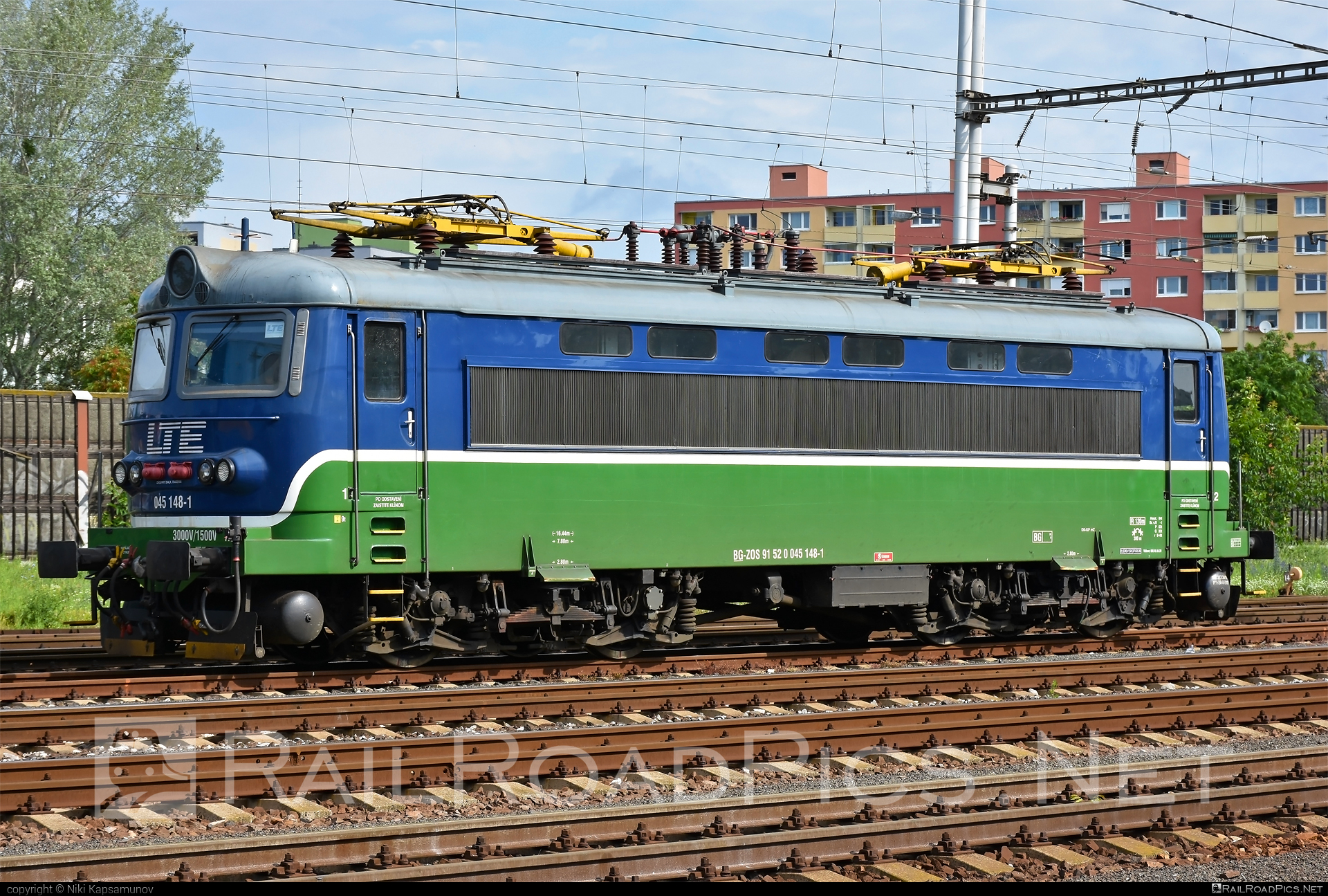 Škoda 73E - 045 148-1 operated by LTE Logistik a Transport Slovakia, s.r.o. #locomotive242 #lte #plechac #skoda #skoda73e #zoszvolen