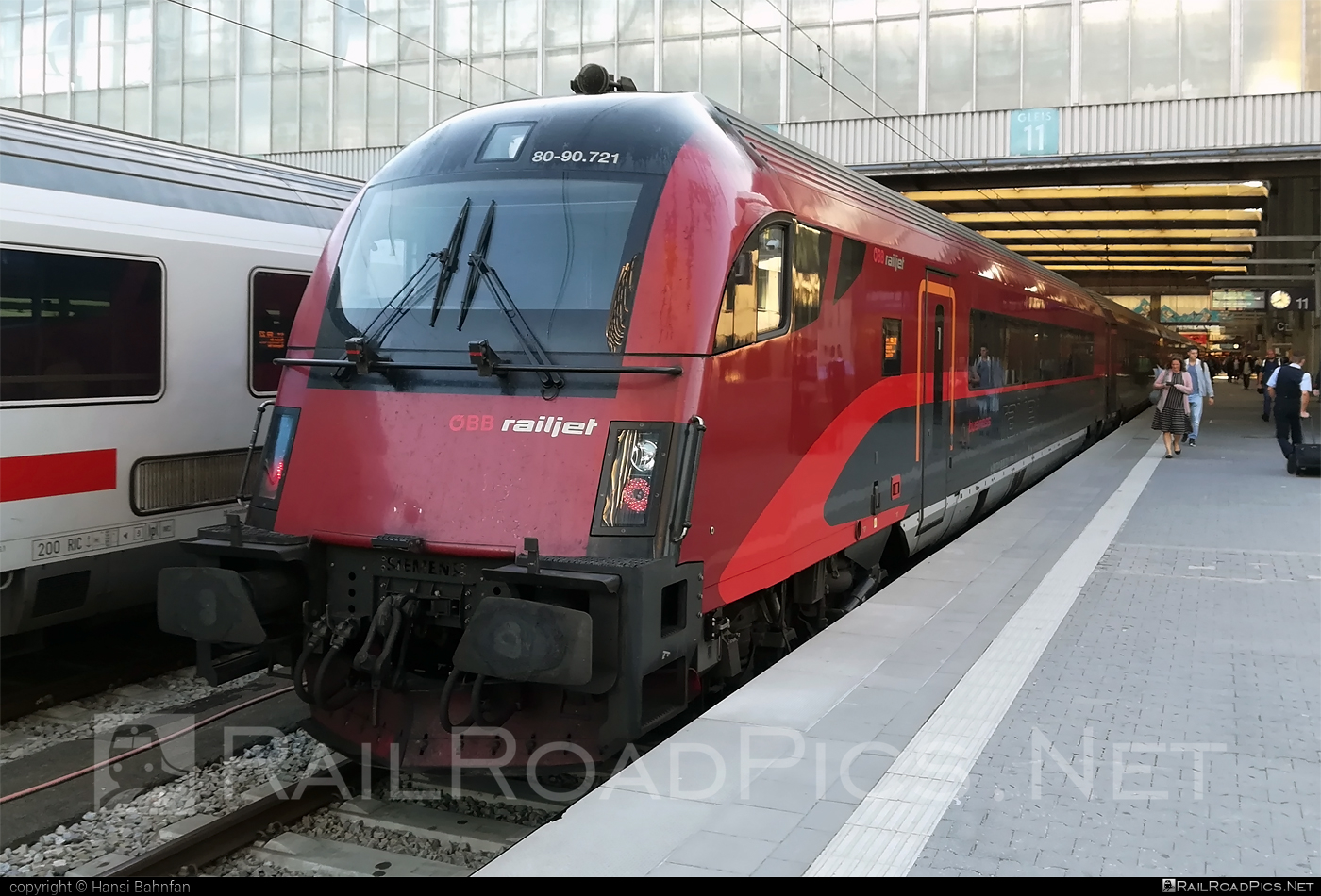 Class A - Afmpz 80-90 control car - 80-90.721 operated by Österreichische Bundesbahnen #afmpz #obb #obbrailjet #osterreichischebundesbahnen #railjet