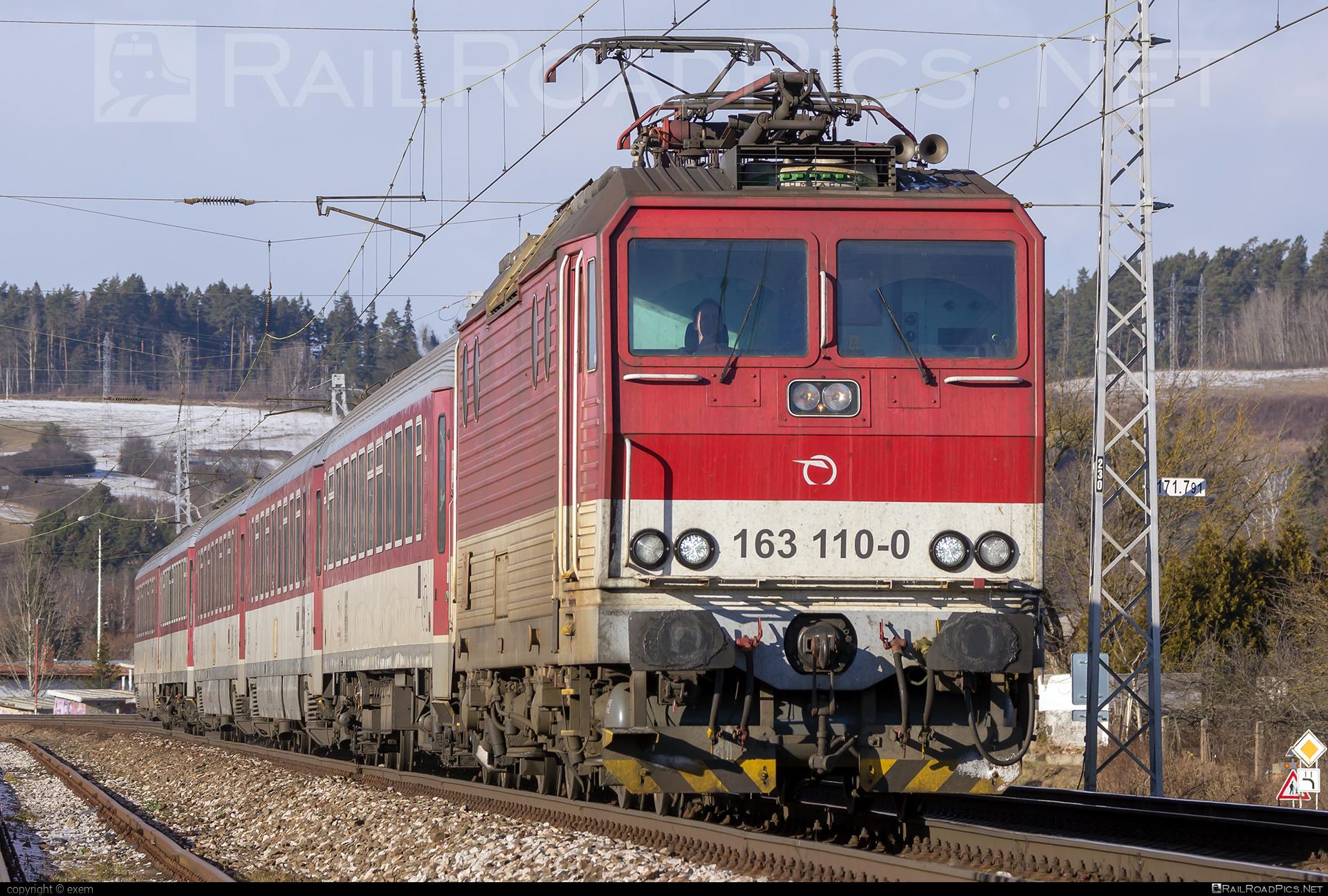 Škoda 71E - 163 110-0 operated by Železničná Spoločnost' Slovensko, a.s. #ZeleznicnaSpolocnostSlovensko #e4993 #locomotive163 #persing #skoda #skoda71e #zssk