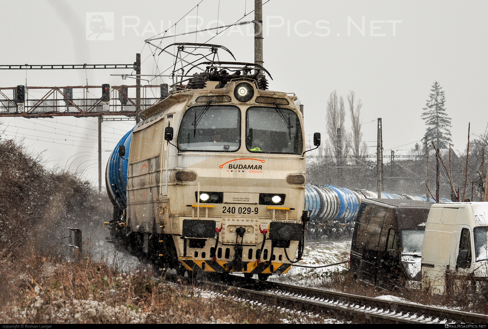 Škoda 47E - 240 029-9 operated by Railtrans International, s.r.o #BulkTransshipmentSlovakia #bts #budamar #laminatka #locomotive240 #rti #skoda #skoda47e