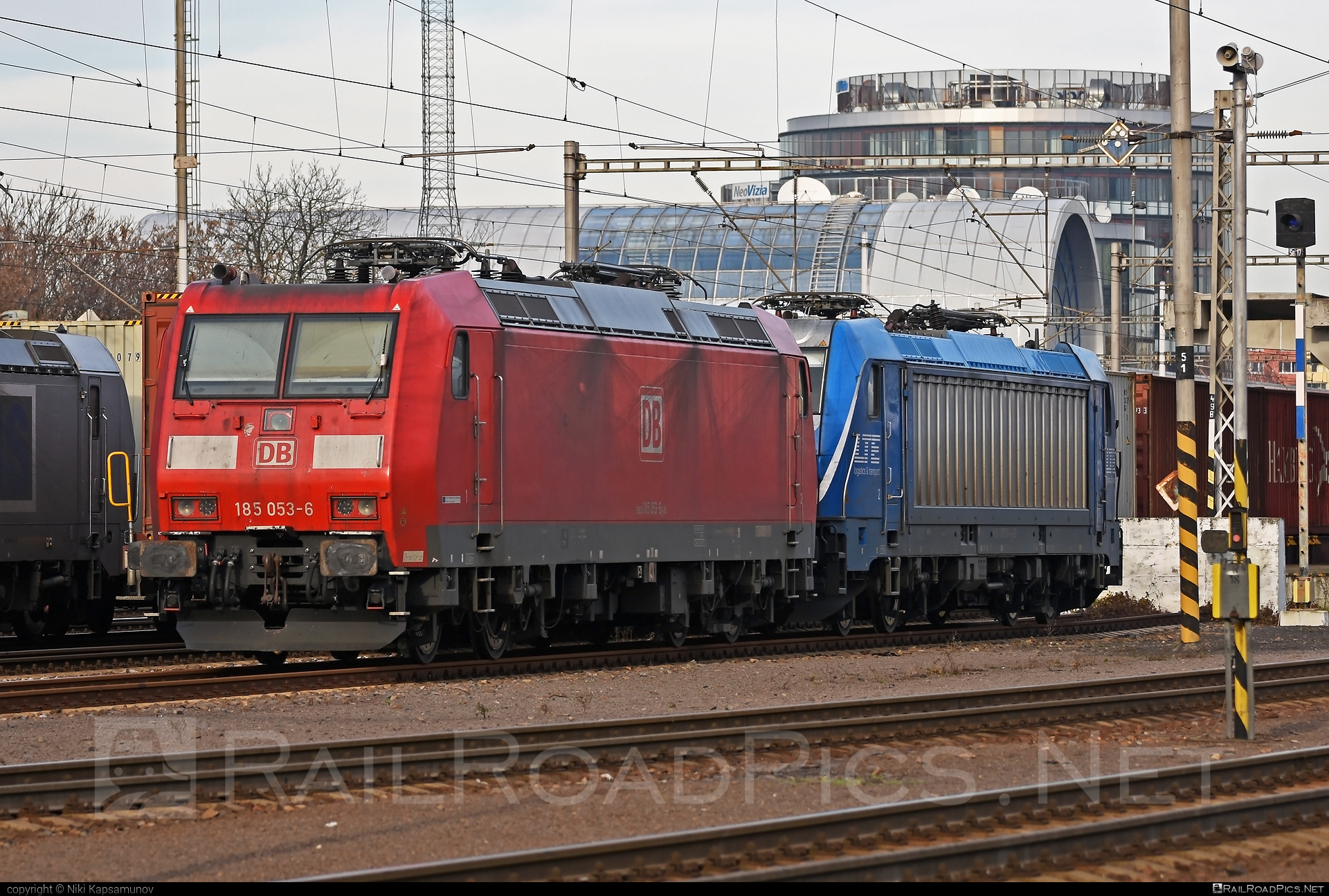 Bombardier TRAXX F140 AC1 - 185 053-6 operated by DB Cargo AG #bombardier #bombardiertraxx #db #dbcargo #dbcargoag #traxx #traxxf140 #traxxf140ac #traxxf140ac1