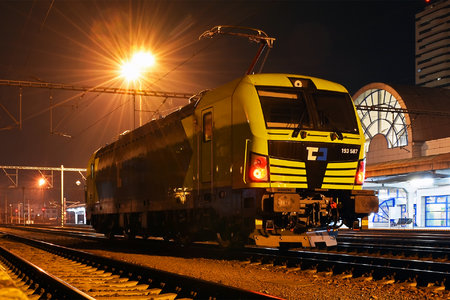 Siemens Vectron MS - 193 587 operated by ČD Cargo, a.s.