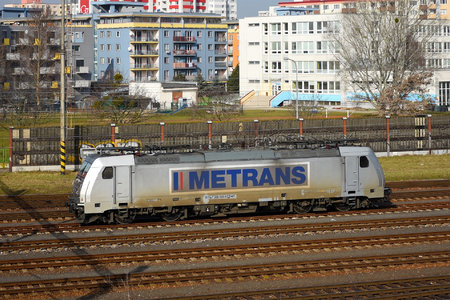 Bombardier TRAXX F140 MS - 386 040-0 operated by METRANS Rail s.r.o.