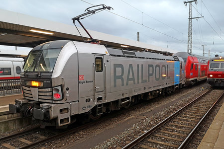 Siemens Vectron AC - 193 802-6 operated by DB Regio AG