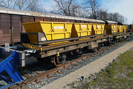 Class Unknown - Unknown - Trough trolley wagon - 40 81 9419 090-1 operated by Eurailpool GmbH
