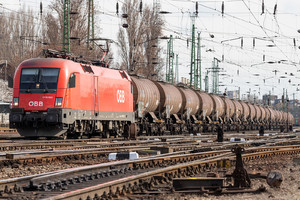 Siemens ES 64 U2 - 1116 033 operated by Rail Cargo Hungaria ZRt.