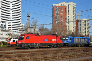 Siemens ES 64 U2 - 1116 009 operated by Rail Cargo Hungaria ZRt.